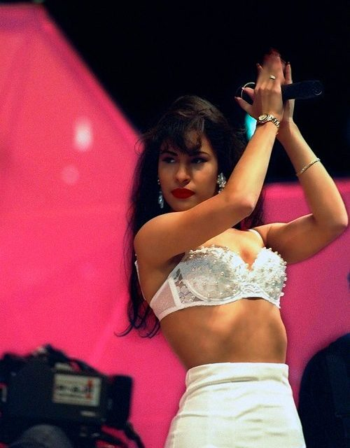 Celebrating Selena With A Google Doodle And The World